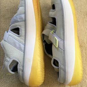 Nike Shoes - Vintage Nike Slip On Shoes
